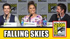 Falling Skies Comic Con 2015 Panel - Connor Jessup, Noah Wyle, Moon Bloo...