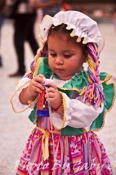 pequena princesa en Caracas A LITTLE GIRL IN CARACAS VENEZUELA