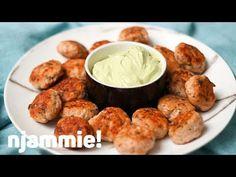 """Het lekkerste recept voor """"Zalmballetjes met avocadodipsaus"""" vind je bij njam! Ontdek nu meer dan duizenden smakelijke njam!-recepten voor alledaags kookplezier!"""