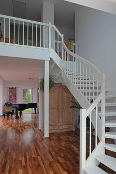 Treppengeländer Holz weiß