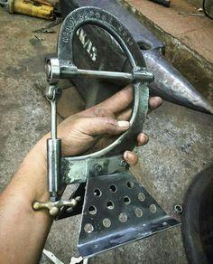 Very cool mini English Wheel .: