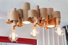 Luminária feita com rolos de papel em variados tamanhos. #upcycling #upcycle #reuse #reaproveitamento #creativity #create #criatividade #sustentabilidade #sustentável #sustentable #ecodesign #design #decor #luminaria #light #casa #home #homedecor #instahome #designecologico by estiloefeito http://ift.tt/20SHk2N