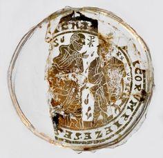 Un tesoro di fede al Castello dei Ronchi: il vetro dorato paleocristiano e la reliquia della Santa Deodata. http://www.archeobologna.beniculturali.it/crevalcore/vetro_deodata.htm
