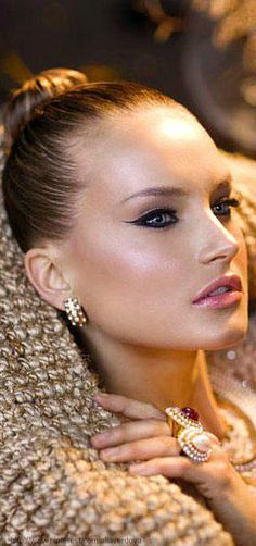 Glamour Girls...beauty and Style - essential details....beauty and cosmetics (makeup)