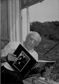 Pablo Picasso por el fotografo Gyenes