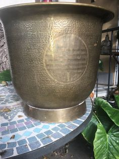 Indoor outdoor vintage brass planters made in HongKong by Sactownpickers  #Indoor #outdoor #vintage #brassplanters #HongKong