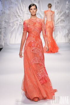 Abed Mahfouz - Couture - Fall-winter 2013-2014 - http://en.flip-zone.com/fashion/couture-1/independant-designers/abed-mahfouz-4046