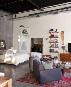 Studio Apartments, Studio Apartment Layout, Studio Apartment Decorating, Diy Apartment Decor, Cool Apartments, Bedroom Apartment, Studio Layout, Minimalist Studio Apartment, Looks Cool