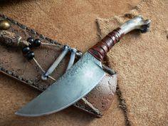 """Coyote Humerus, 3 5/8 """"D2 para o Rawhide e 7 3/4"""" de comprimento total - Agora esta é uma """"faca personalizada"""""""