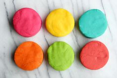 How to play doh video. Easy DIY Play doh recipe without cream of tartar and no cooking. Make the best playdough creations with no cre. Kids Crafts, Crafts To Do, Projects For Kids, Diy For Kids, Craft Projects, Arts And Crafts, Craft Ideas, Playdough Diy, Make Your Own Playdough