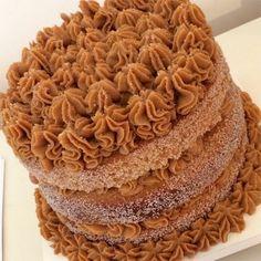 Aprenda a fazer um delicioso bolo de churros | georginasanchesatelier