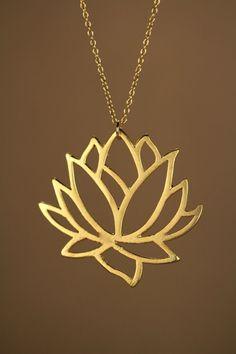 Lotus Halskette gold Lotus Blume Halskette blühende von BubuRuby