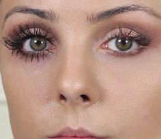 How Do You Make Your Eyelashes Longer And Thicker Naturally