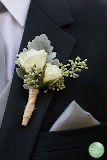 A Lowcountry Wedding - Charleston, Myrtle Beach & Hilton Head's Favorite Wedding Resource: Boutonnieres {Wedding Details}