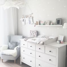 Kinderzimmer Ikea Hemnes Wickeltisch You are in the right place about baby room decor bear Here we offer you the most beautiful pictures about the …