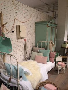 Dreamy girls bedroom...Vintage..pastels and a Best of the Past French vintage metal bedframe in original creamy soft white paint @Loods5 Sliedrecht