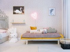 The cutest and most original ideas to a children's room decor. Teen Girl Rooms, Girls Bedroom, Bedroom Decor, Miffy Lampe, Deco Pastel, Deco Kids, Kids Room Art, Kids Rooms, Trendy Kids