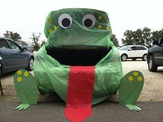 Decor Trunk Or Treat Ideas For Decorating For Drawing Big Frog As The Main Idea Trunk Or Treat Ideas For Decorating Trunk In Halloween