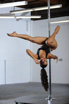 INSTRUCTOR VERONICA | Pole: Intermediate Level II
