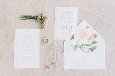 "Picture: schwede-photodesign.com Papeterie: ""L´Amour"" Wedding Stationery by Bonjour Paper #artnouveau #vintagewedding #pariswedding"