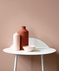 Terracotta and blush pink work so well together and I love this grouping of minimalist ceramics - such a great look for 2017. The Top 10 Interior design trends for 2017 | The Maker Place