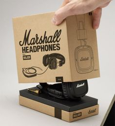 Marshall Headphones - simple illustrative artwork and typography on a classic 'brown box' style packaging/material. Cool Packaging, Brand Packaging, Design Packaging, Packaging Ideas, Cover Design, Marshall Headphones, Green Label, Cardboard Packaging, Packaging Design Inspiration