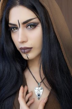 Exhilarating Jewelry And The Darkside Fashionable Gothic Jewelry Ideas. Astonishing Jewelry And The Darkside Fashionable Gothic Jewelry Ideas. Goth Beauty, Dark Beauty, Dark Fashion, Gothic Fashion, Emo Fashion, Steampunk Fashion, Lolita Gothic, Arte Obscura, Gothic Steampunk
