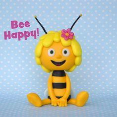 Maya the Bee Cake Topper Tutorial, Fondant Tutorial, Cake Toppers, Fondant Bee, Bumble Bee Cake, Baby Boy Birthday Cake, Fondant Cake Designs, Bee Cakes, Cute Avocado