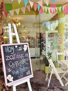 .....cupcake sale ..................yummy Felisa Pasteleria | Mendoza, Argentina