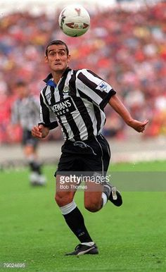 Sport Football England Circa 1993 Malcolm Allen of Newcastle United Sport Football, Football Players, Newcastle United Football, England, Running, Sports, Pictures, About Football, Racing