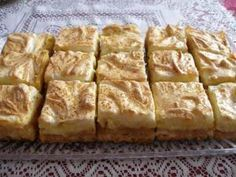 Jabĺčkový zákusok - My site Pretzel Desserts, Köstliche Desserts, Delicious Desserts, Dessert Recipes, Yummy Food, Kolaci I Torte, Russian Recipes, Cupcakes, Sweet And Salty