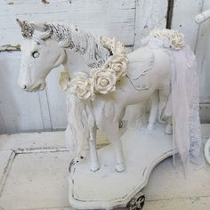 Wooden horse statue w/ roses French Nordic by AnitaSperoDesign