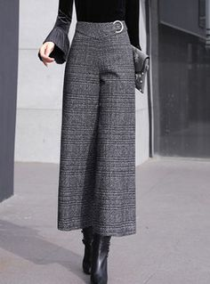 Buy women's pants online,various styles of pants-EZPOPSY Wide Pants Outfit, Trouser Outfits, Look Fashion, Fashion Outfits, Mode Kimono, Pants For Women, Clothes For Women, Wide Leg Trousers, Fall Outfits