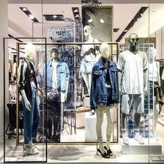 WEBSTA @ igertrendy - Bershka @bershkacollection @inditex_ #bershka #fashionista #fashionblogger #fashiondiaries #fashionblog #fashiongram #fashionstyle #fashionaddict #fashionpost #fashionlover #fashion #igertrendy #apparel #design #display #outfitoftheday #outfitpost #outfit #trend #trendy #moda #cute #style #stylish #store #womensfashion #mensfashion #streetfashionstyle #windowdisplay #streetstyle #visualmerchandising