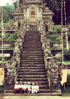 Cloud Nodes Photo - Ubud, Bali|Pinterest 612627714130079 #Bali #Beautiful_Places #YourNewRoommate