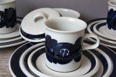 Tea coffee cup saucer Anemone Arabia Finland, vintage dishware kitchenware tableware, Scandinavian design porcelain von wohnraumformer