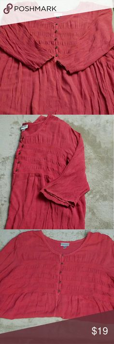 Coral flowy top size 22/24 3/4 length sleeves top in excellent condition.  Great for spring!   100% rayon  Buttons run about halfway down the top Avenue Tops Blouses