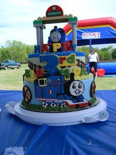 Thomas the Train cake pops Boys Birthday Pinterest Cake pop