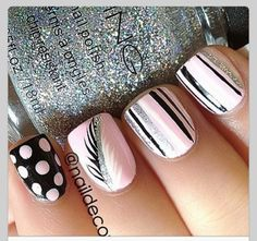 Pretty Feather Nail Art Designs And TutorialsNail designs have always been an important dimension of beauty and fashion for women. There are so many tips and ideas to keep their nails looking chi. Get Nails, Fancy Nails, Love Nails, Pink Nails, How To Do Nails, Pretty Nails, Hair And Nails, Black Nails, White Nails