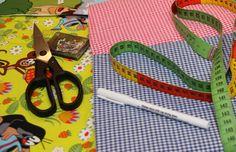 Über 2.300 kostenlose Freebook ´s für euch. Finde die perfekte Nähanleitung für dein Nähprojekt in nur 2 Minuten. Viel Spaß bei deinem nächsten Nähprojekt Love Sewing, Sewing For Kids, Baby Sewing, Sewing Stitches, Sewing Patterns, Diy And Crafts, Crafts For Kids, Craft Free, Silhouette Portrait