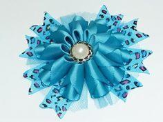 Diy modelos diferentes de flores con cinta gros,. Lazos con flores para el cabello - YouTube