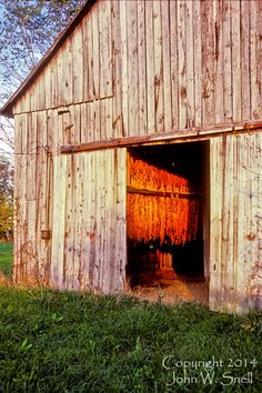 old kentucky barns | John Snell Photography - Old Tobacco Barn in Fayette County