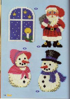 Christmas Hama mini perler beads Hama Mini, Hama Beads Patterns, Beading Patterns, Christmas Perler Beads, Decoupage, Beaded Animals, Christmas Projects, Christmas Ideas, All Craft