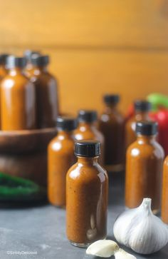 Roasted Garlic and Poblano Hot Sauce - StrictlyDelicious Hot Pepper Recipes, Hot Sauce Recipes, Paprika Sauce, Fermentation Recipes, Canning Recipes, Fermented Hot Sauce Recipe, Kombucha, Habanero Recipes, Sauces