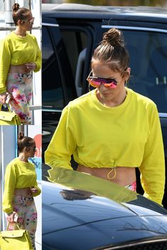 J Lo Fashion, Fashion Styles, Sporty Outfits, Summer Outfits, Jennifer Lopez Outfits, Alex Rodriguez, Weekend Outfit, Beast Mode, American Actors