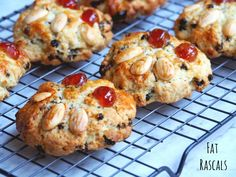 Fat Rascals hail from Yorkshire and are a delicious cross between a scone and a rock cake, packed full of dried fruit and zesty flavour. Bring a little bit of Yorkshire into your kitchen with this deliciously simple recipe. Baking Recipes, Cookie Recipes, Dessert Recipes, Biscuit Cookies, Milk Biscuits, British Baking, Bun Recipe, Xmas Food, Just Cakes