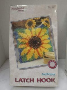 Latest Images Latch Hook sunflower Thoughts Lock lure is an excellent, easy art that permits you to create photographs and designs by means of k Latch Hook Braids, Simple Art, Easy Art, Hook Knot, Latch Hook Rug Kits, Clothes Hooks, Fabric Rug, Rug Material, Rug Hooking