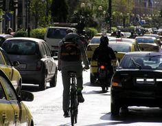 Πρόστιμα και πινακίδες για τους ποδηλάτες
