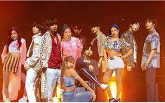 Kpop Couples, Blackpink And Bts, Bts Edits, My Idol, Ships, Mood, My Love, Kawaii Drawings, Couples