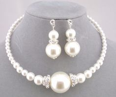 Pearl and Rhinestone Choker Style Pearl Necklace Set Fashion Jewelry NEW #Christinacollection